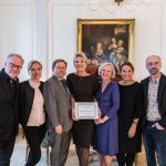 Dansk-Svensk Kulturfonds bestyrelse med prismodtager Stina Ekblad.